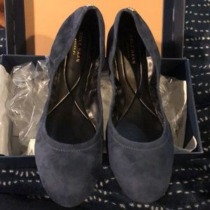 Cole Haan Navy Flats Size 10
